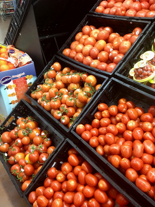 Any good salad needs yummy tomatoes. Plus it'll go great with wine/bread.