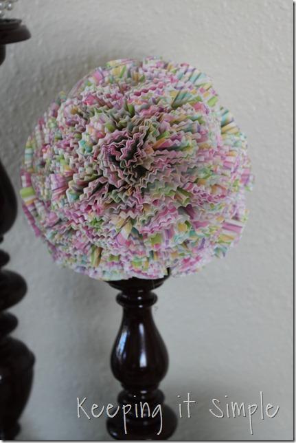 cupcake liner ball (3)