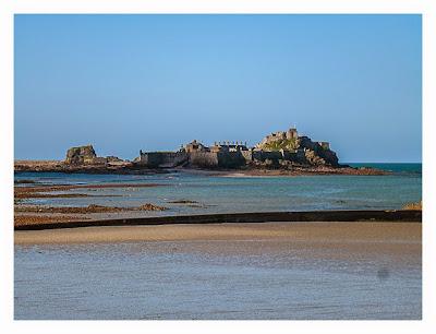 Jersey - Elizabeth Castle - Blick vom Strand