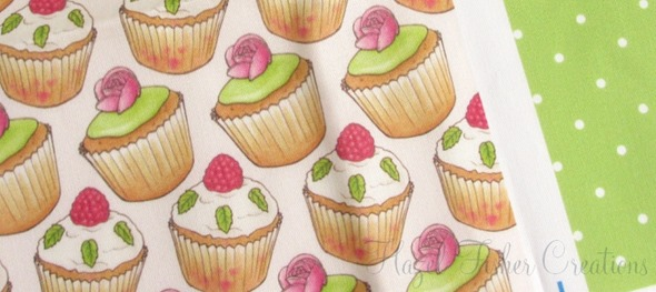 2013sep14 Spoonflower swatch cupcakes and roses green spotty