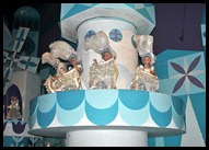 13d - the new fantasyland - Small World
