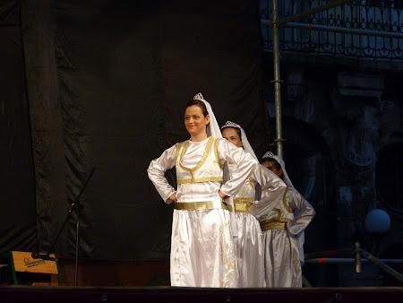 6. dansatoare turcoaice.JPG