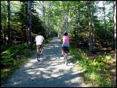 04 - Heading down the connector trail