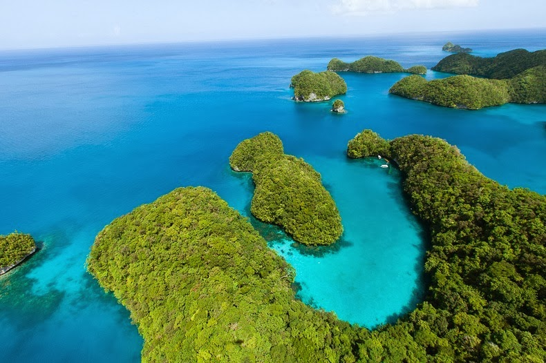 rock-islands-palau-4