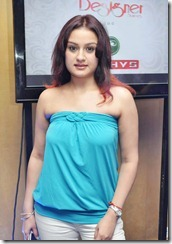 sonia_agarwal_latest_hot_image new