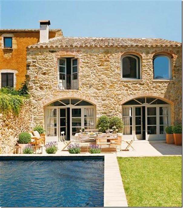 Casa colonica ristrutturata in spagna case e interni for Gli interni delle case piu belle d italia