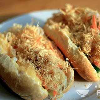 Vietnamese Bread Roll Sandwich with Chicken Floss (Bánh Mì Gà)