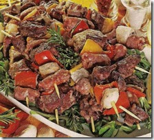 Spiedini di carne con peperoni