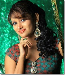 Tamil Actress Oviya Hot Photoshoot Pics