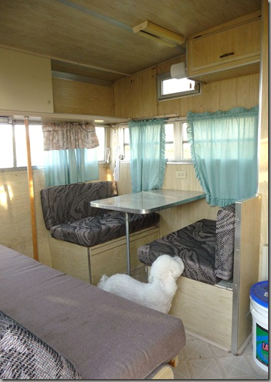 Vintage Trailer Remodel Ms Daisy 005