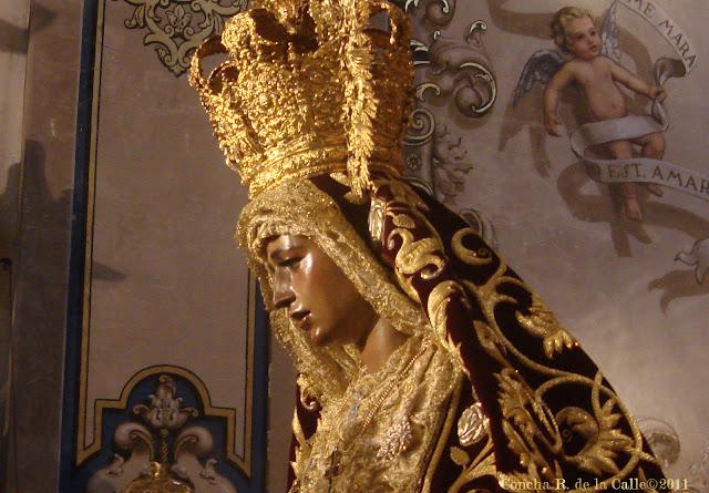 Virgen de la Amargura - Besamanos novbre. 2011 6b.jpg