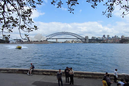 Imagini Australia: Sydney prima intanlire cu Sydney Harbour, Opera si Podul