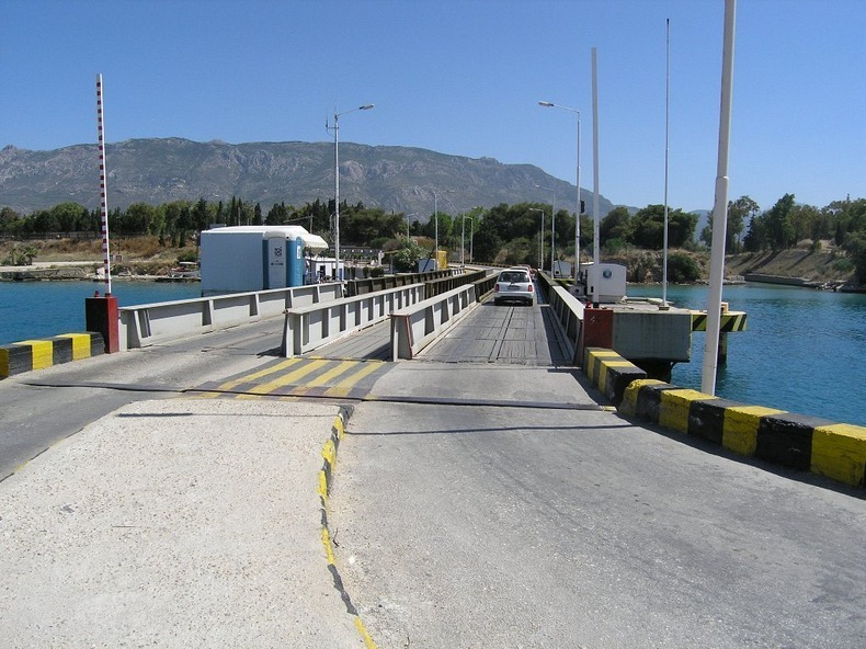 corinth-canal-submersible bridge-5