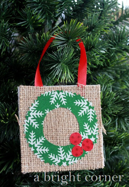 Burlap Christmas Wreath ornament