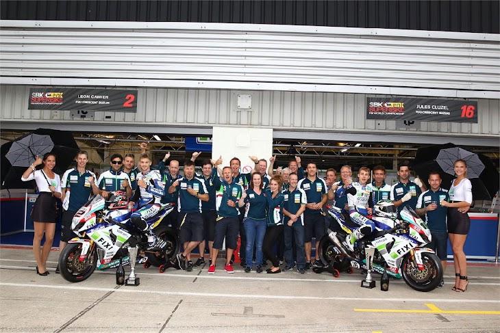 motociclismo-cresent-team.jpg