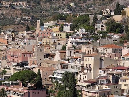 11. Orasul vechi Taormina.JPG
