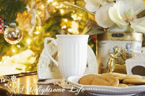 Christmas-Tea-White-Teacup-with-Ginger-Cookies