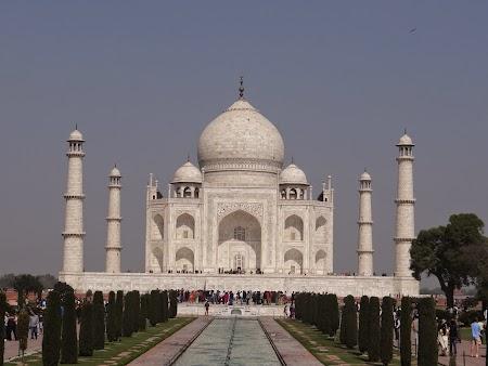 01. Taj Mahal, Agra, India.JPG
