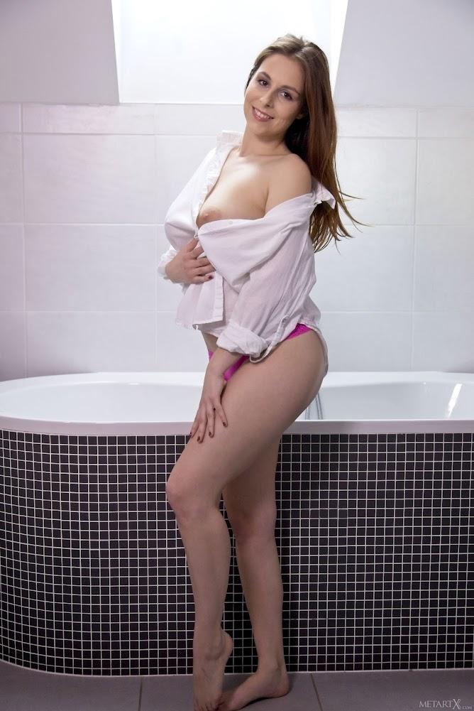 [Metartx] Antonia Sainz - Bubble Time 1 - Girlsdelta