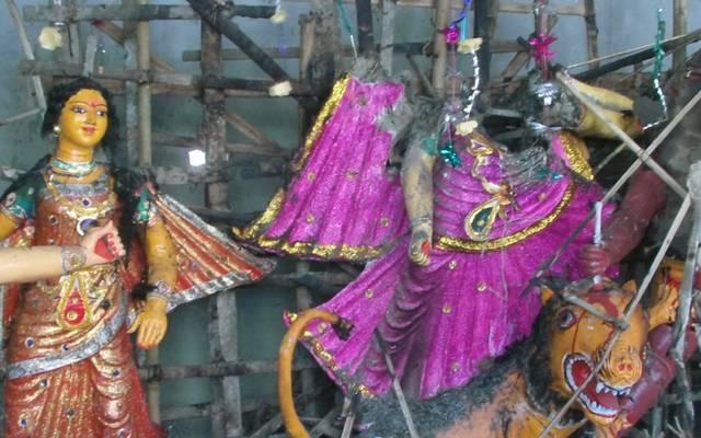 বাগেরহাট ও বরিশালে মন্দিরে জামায়াত শিবিরের আগুন, প্রতিমা ভাঙচুর