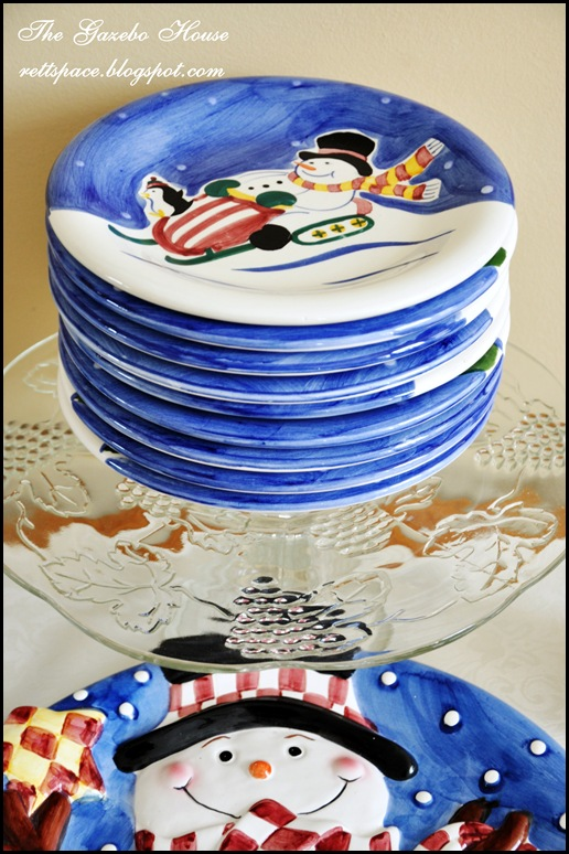 Jan Icey Blue Snowmen Table 026
