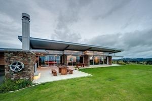 Okura-House-de-Bossley-Architects