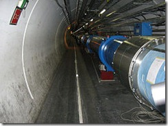 256px-Large_Hadron_Collider_dipole_magnets_IMG_0955