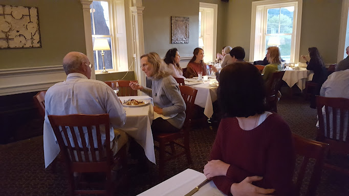 the kitchen table bistro richmond restaurant review zagat. Interior Design Ideas. Home Design Ideas