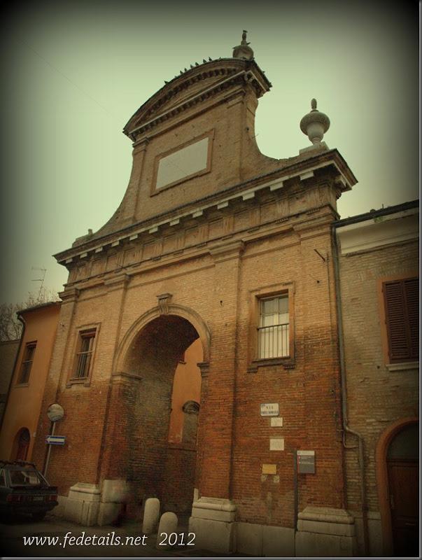 Prospettiva della Ghiara ( fronte 1 ), Ferrara, Emilia Romagna, Italia - Perspective of Ghiara (front 1), Ferrara, Emilia Romagna, Italy - Property and copyrights of www.fedetails.net