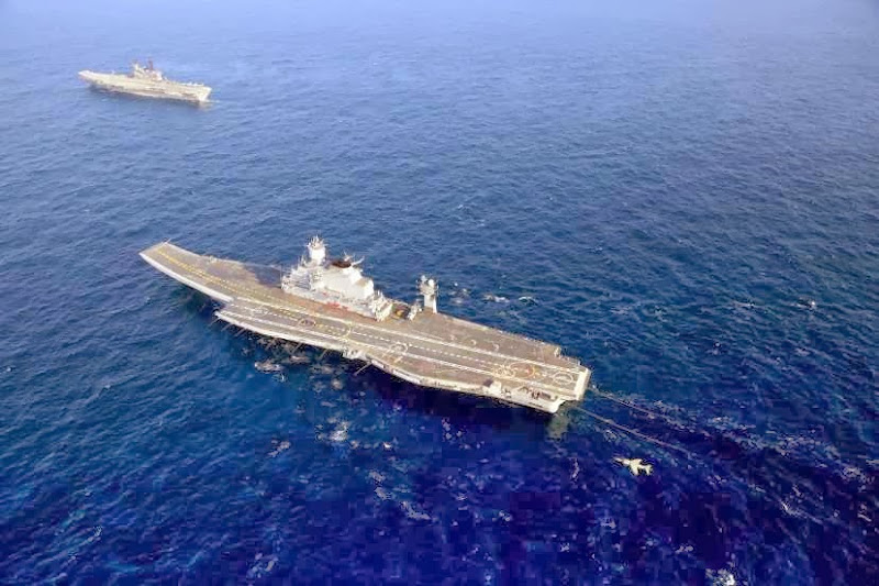 Aircraft-Carrier-INS-Vikramaditya-09-Indian-Navy-R