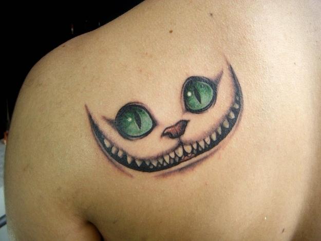 Jack aime jack n 39 aime pas le tatouage du chat du cheshire - Tatouage alice au pays des merveilles ...