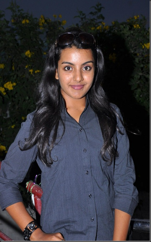 Divya Nagesh New Photos