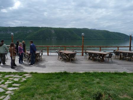 Pensiune la Dunare: terasa pensiunea Danubia