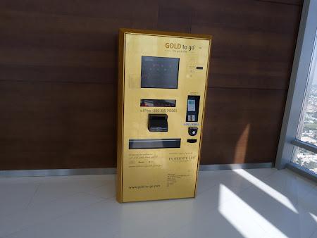 17. Bancomat de aur.JPG