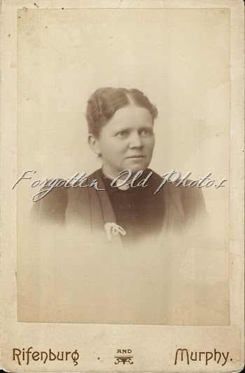 Mrs A A Kellog  Craigs Photos
