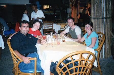 230. la masa cu neozeelandezii.jpg