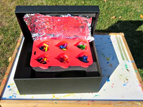 Solar Oven for Melting Crayons