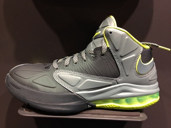 8d2cf3d1a6d Dunkman Preview with Nike Ambassador V in Hasta amp Seaweed