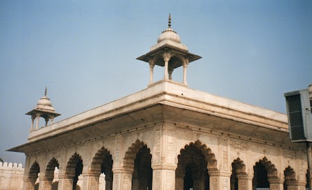 03. Divan-i-Khas Red Fort - Delhi.jpg