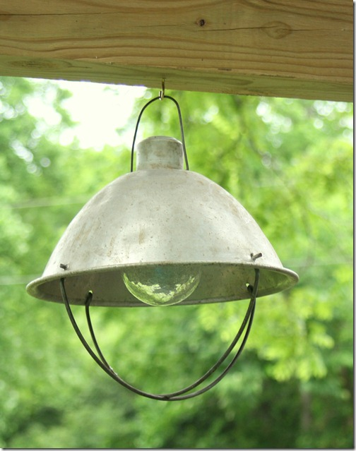 Easy upcycled outdoor light