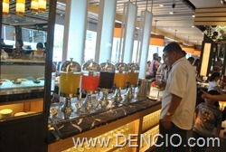 Vikings Luxury Buffet MOA040