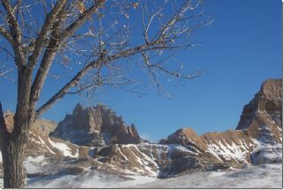 Badlands National Park - Wikimedia Commons - NPS Employee Photograph while on the job - No Copyright