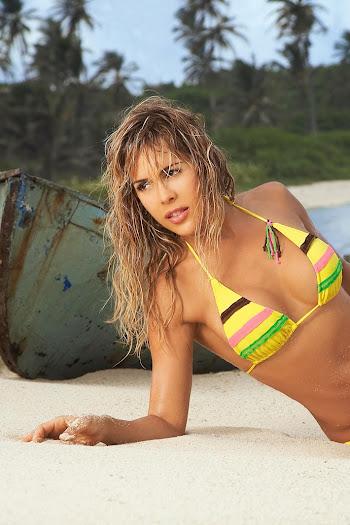 Natalia Paris Swimsuit Foto 2