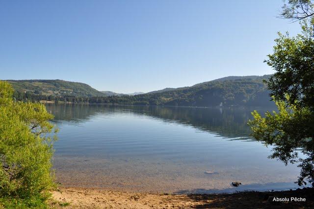 Lac d'Issarlès photo #494