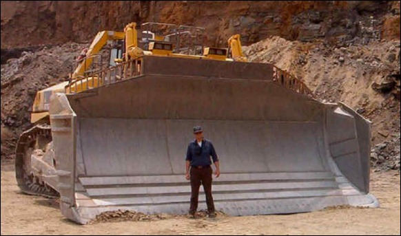 biggest-Bulldozer-D575A-3SD-02