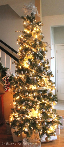 Shimmering gold christmas tree