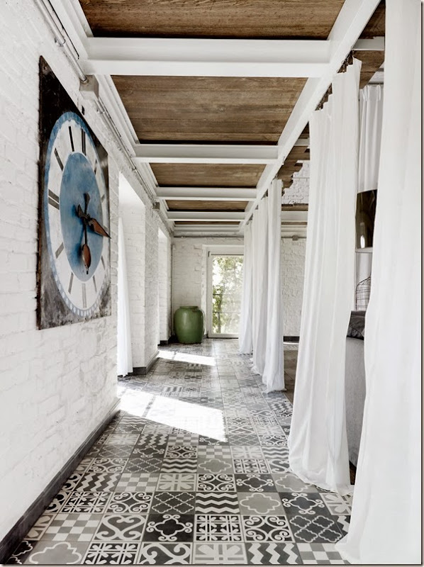 Paola-Navone-Industrial-Style-Conversion-3