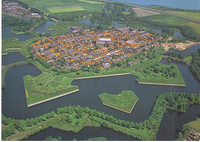 La reconstitution historique du siège de Rocroy les 25 et ... |Uzziahs Fortified Cities