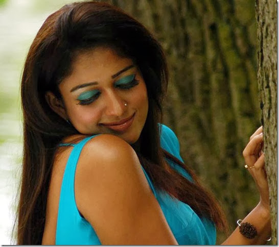 Actress Nayanthara Hot in Reporter Tamil Movie Stills