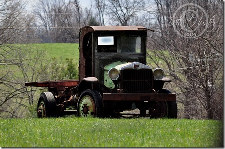 cr-old-truck-wb-3324-